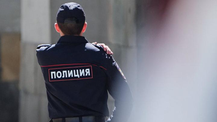 """Подмосковный полицейский показал, как """"ярко"""" уволиться со службы"""