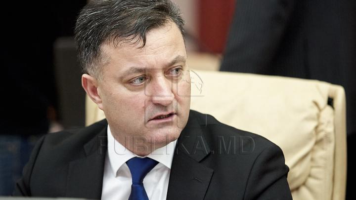 Министр регионального развития и строительства Василий Бытка станет гостем передачи Fabrika