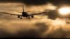 Люди вылетели из своих кресел в самолете, попавшем в турбулентность