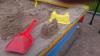 Пьяная мать забыла грудного ребёнка в песочнице