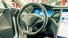 Автопилот Tesla полчаса предупреждал водителя о риске смертельной аварии