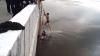 Молодой человек спас упавших в Иртыш девочек и бросившегося к ним отца