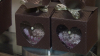 Жительница столицы занялась приготовлением молодых орехов в шоколаде
