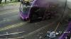 Видео: Сбитый автобусом мужчина поднялся и пошел в паб