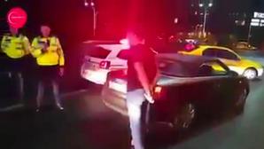 Видео: Полицейский вырубил пьяного нарушителя точным ударом в горло