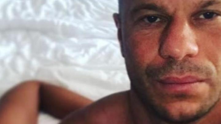 Советник Авакова выложил в своём Instagram снимок на фоне женских ягодиц (18+)