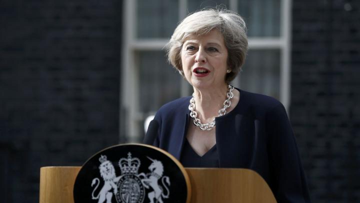 Тереза Мэй признала ошибки экстренных служб во время лондонского пожара