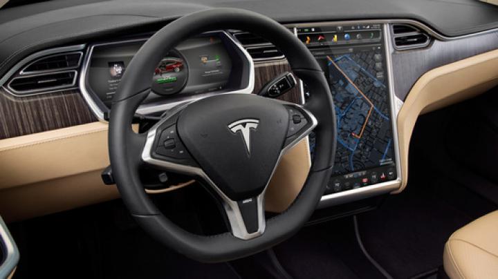 Компания Tesla решила заняться музыкой