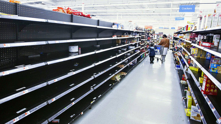 Жители Катара скупают продукты в ожидании дефицита