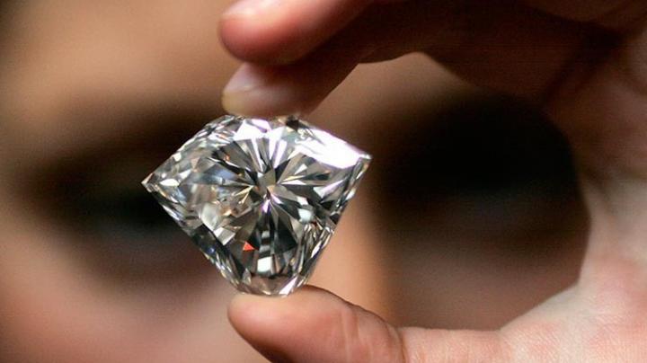 В Якутии ювелирам начали продавать мелкие партии алмазов