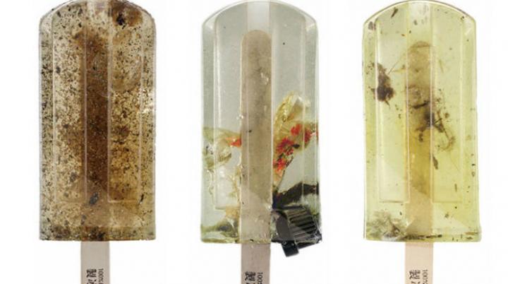 """Дизайнеры создали """"мороженое"""" из загрязненной воды"""