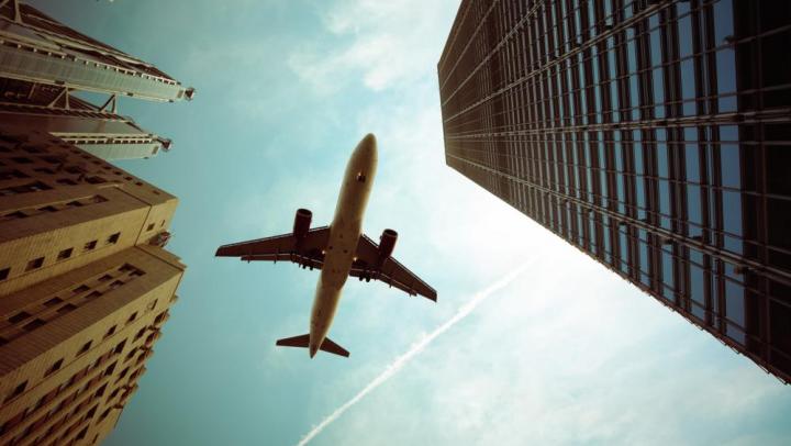 Шум от самолётов повышает риск инсульта