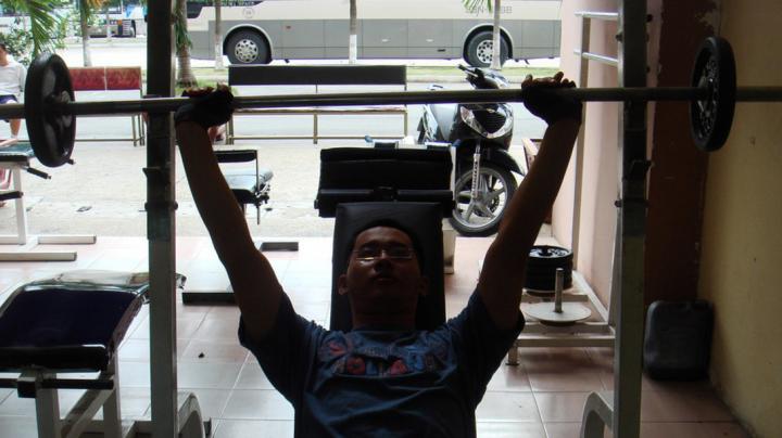 17-летний хвастун умер в спортзале от сердечного приступа на глазах у друзей