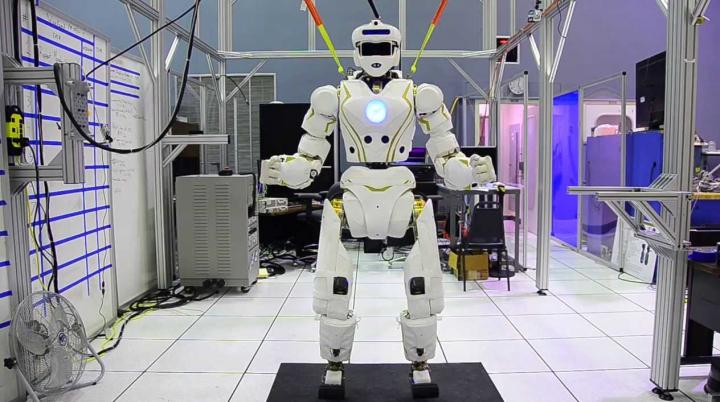 Опубликовано видео испытаний робота-гуманоида
