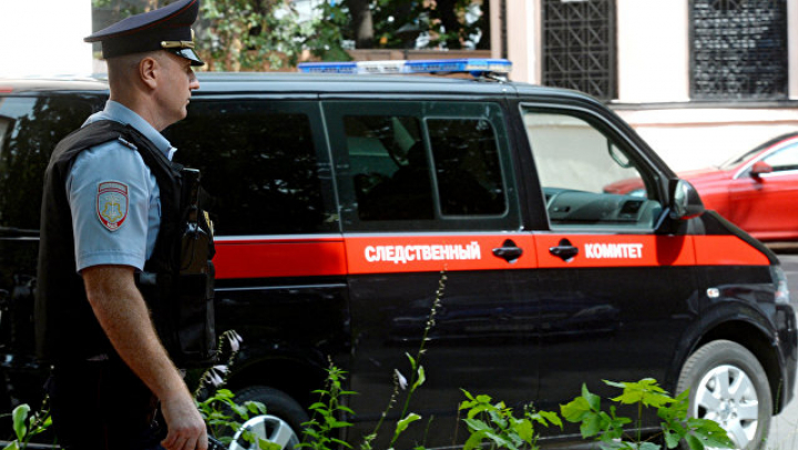 В Петербурге мужчина устроил на улице стрельбу из автомата