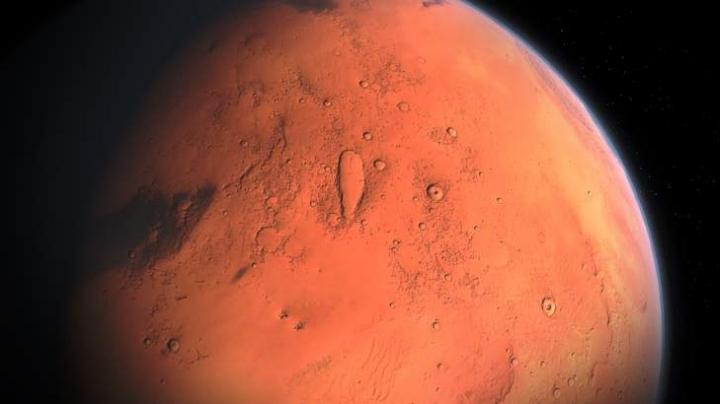 Ученые обнаружили снег на Марсе