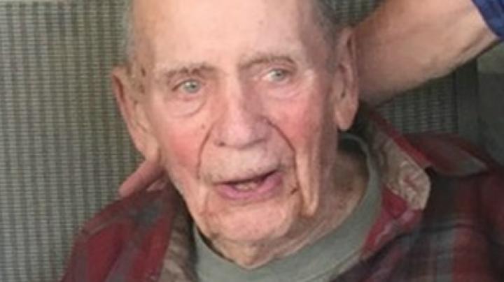 98-летний дед поднял на акциях $2 млн и отдал все деньги заповеднику