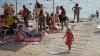 Около десяти тысяч отдыхающих каждые выходные приезжают на берег реки Прут