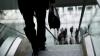 3-летнюю девочку затянуло в эскалатор на станции метро