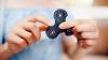 Роспотребнадзор проверит влияние спиннеров на здоровье детей