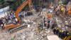 По меньшей мере три человека погибли в результате обрушения дома в Мумбае