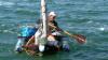 Пограничники задержали жителя Саратова, пытавшегося на бутылках уплыть в Крым