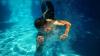Учёные: Купание в бассейне с солнцезащитным кремом приводит к раку