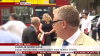Погоня с падением жертвы под автобус попала в прямой эфир BBC на улице Лондона