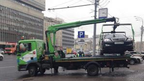 В Омске увозить машину нетрезвого водителя приехал пьяный эвакуаторщик