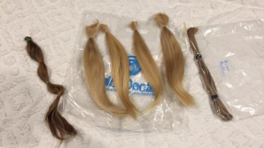 Незнакомцы из Facebook пожертвовали свои волосы девушке, которая борется с раком