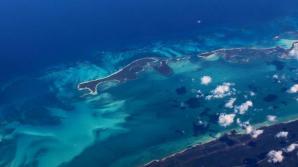 Видео: Всплывший в Атлантике остров продолжает расти