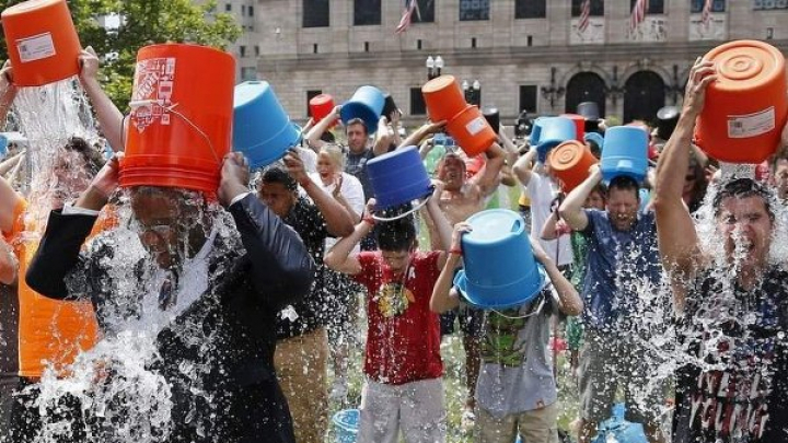 """СМИ случайно """"похоронили"""" создателя Ice Bucket Challenge"""