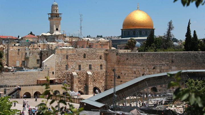 Мусульмане протестуют против металлодетекторов у Храмовой горы в Иерусалиме