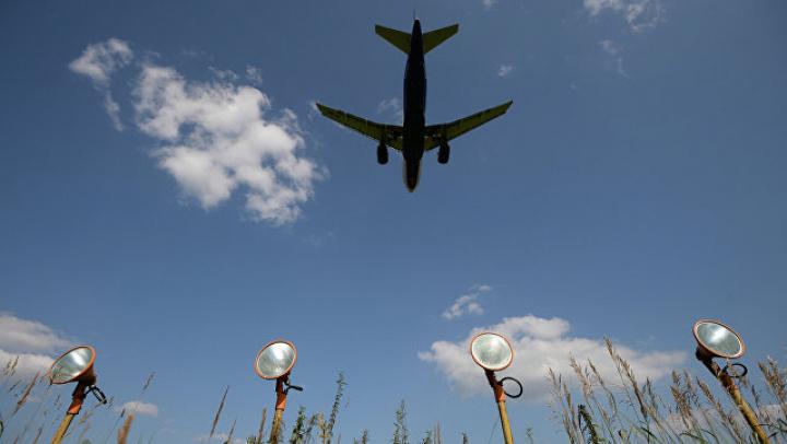 Пассажирский самолет экстренно сел в Шереметьево из-за поломки в воздухе
