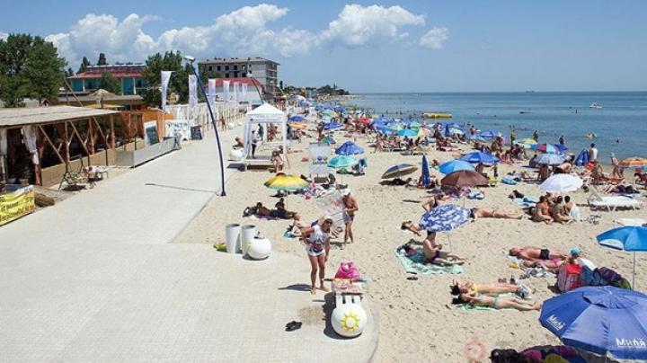 На трех пляжах Затоки нельзя купаться