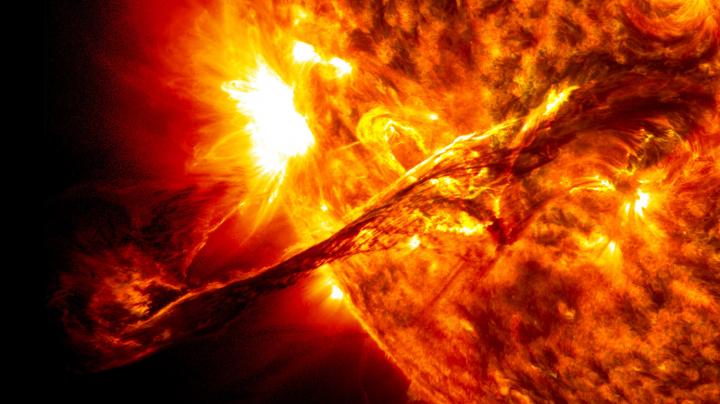 Ученые впервые увидели, как раскаляется Солнце
