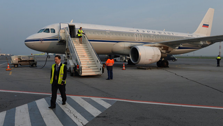 Польского дипломата избили в самолёте в России