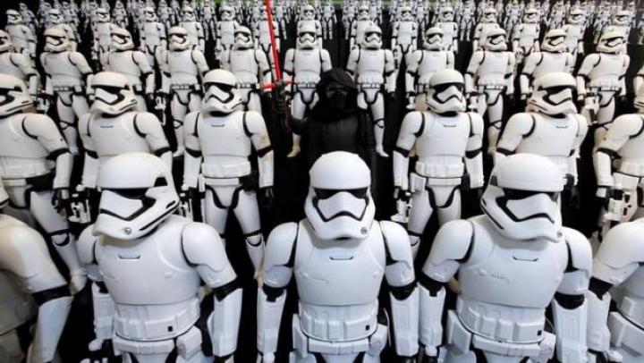 """В парках Disney откроют павильоны, посвященные """"Звездным войнам"""""""