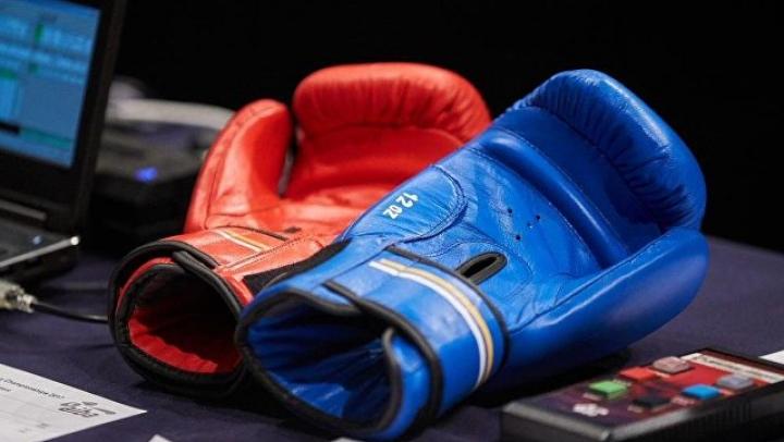 Более трех тысяч человек боксировали на Красной площади ради рекорда Гиннесса