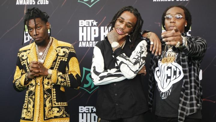 Хип-хоп группу Migos сняли с рейса из-за ремней безопасности