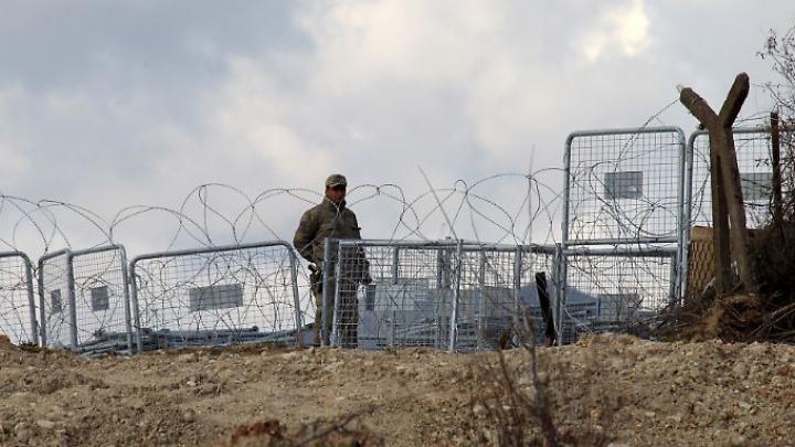 В Турции задержали военных, которые издевались над беженцами из Сирии