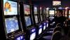 Группа россиян нашла способ обманывать игровые автоматы и шантажирует их владельцев