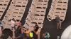 На Канарах туристы занимают лежаки на скорость