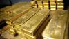 У двух пассажиров в Домодедово изъяли золотые слитки