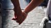 Невозможно остановить: Любовники, задержанные за секс в парке, решили продолжить в участке
