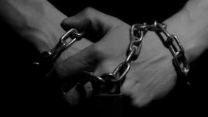 Чат-бота от Microsoft научили вычислять покупателей секс-рабов