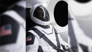 Представлен первый скафандр SpaceX