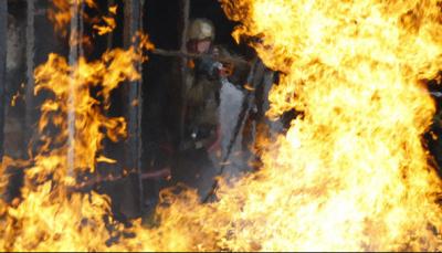 Четвёртый склад веток загорелся в Кишинёве: видео