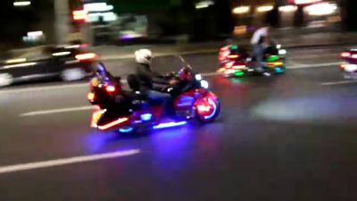 Группа байкеров устроила дерзкий забег по ночному Кишинёву: видео