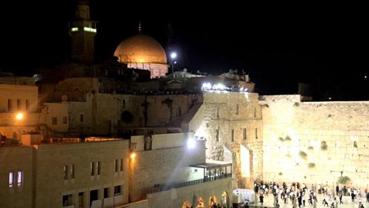 В Иерусалиме вооруженная ножом женщина напала на прохожих
